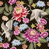 Modelo inconsútil de las flores pintadas del aster y de las grúas blancas Estilo japonés