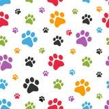 Modelo inconsútil de las huellas del perro Fotos de archivo libres de regalías
