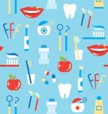 Modelo inconsútil de los productos personales del cuidado dental Fotos de archivo libres de regalías