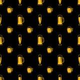 Modelo inconsútil de los vidrios de cerveza Imagen de archivo libre de regalías