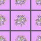 Modelo inconsútil de tejas púrpuras con un ramo de lirios púrpuras en el centro Fotos de archivo libres de regalías
