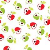Modelo inconsútil del corazón rojo y verde de la manzana en el fondo blanco - vector el ejemplo Imágenes de archivo libres de regalías