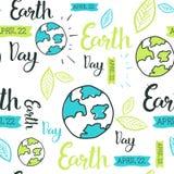 Modelo inconsútil del Día de la Tierra feliz con el dibujo de la mano que pone letras a 22 creativos April Eco Event Background Imagen de archivo