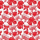 Modelo inconsútil del vector con las rosas rojas y las mariposas en el fondo blanco ilustración del vector