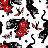 Modelo inconsútil del vector con las rosas del tatuaje, las panteras negras, los pájaros y las mariposas en el fondo blanco stock de ilustración