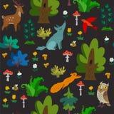 Modelo inconsútil del vector con los animales salvajes en textura exhausta de la mano del bosque con los personajes de dibujos an fotos de archivo