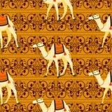 Modelo inconsútil del vector de los adornos decorativos orientales de los camellos stock de ilustración