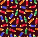 Modelo inconsútil del vector de los lápices de los iconos coloridos del garabato Foto de archivo