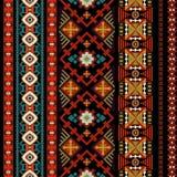 Modelo inconsútil del vector ornamental Papel pintado inconsútil étnico Contexto ornamental popular Ejemplo geométrico del vector stock de ilustración