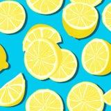 Modelo inconsútil del verano mínimo de moda con el limón entero, cortado de la fruta fresca en fondo del color stock de ilustración