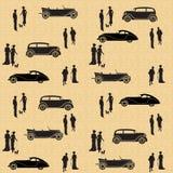 Modelo inconsútil del vintage con los coches y la gente Imagen de archivo libre de regalías