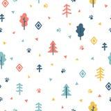 Modelo inconsútil dibujado mano con los árboles Papel de embalaje Fondo elegante del bosque del garabato para su diseño Fotografía de archivo libre de regalías