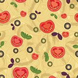 Modelo inconsútil, espagueti con los tomates Fotografía de archivo