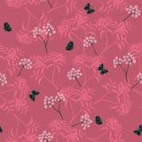 Modelo inconsútil floral blanco floreciente con la mariposa en fondo rosado monótono stock de ilustración
