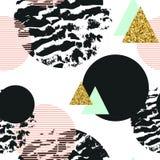 Modelo inconsútil geométrico abstracto con brillo de moda y texturas dibujadas mano Fotos de archivo libres de regalías