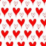 Modelo inconsútil pintado espray rojo del corazón Imágenes de archivo libres de regalías