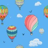 Modelo incons?til del vector de los globos en fondo azul Muchos colorearon diferentemente los balones de aire rayados que volaban ilustración del vector