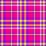Modelo inconsútil del control de las rosas fuertes del diamante de tartán de la tela amarilla púrpura de la tela escocesa Imagenes de archivo