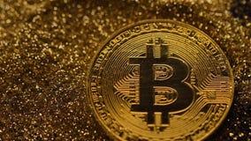 Modelo macro Used de la moneda de Bitcoin para hacer compras almacen de video