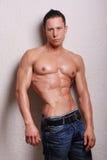 Modelo masculino Muscled Fotografia de Stock Royalty Free