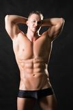Modelo masculino musculoso Fotos de archivo