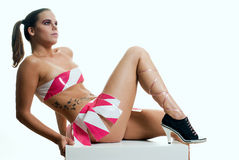 Modelo na cor-de-rosa Fotografia de Stock
