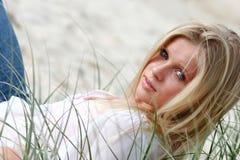 Modelo na praia Fotografia de Stock