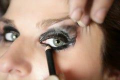 Modelo negro de las sombras de ojo del maquillaje Fotografía de archivo libre de regalías