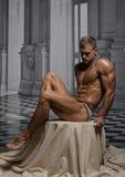 Modelo no palácio Imagens de Stock Royalty Free
