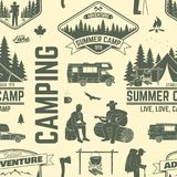 Modelo o fondo inconsútil del campamento de verano Imagenes de archivo