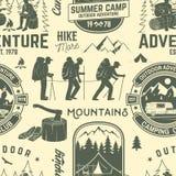 Modelo o fondo inconsútil del campamento de verano Imagen de archivo