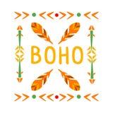 Modelo que enmarca con las plumas y las flechas, impresión étnica inspirada cultura india nativa del estilo de Boho Imagen de archivo