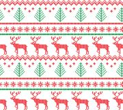 Modelo que hace punto de las vacaciones de invierno con árboles de navidad Diseño del suéter de la Navidad que hace punto Textura imagen de archivo