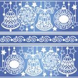 Modelo rayado colorido con las bolas y las campanas de la Navidad Textura de Navidad para el papel pintado, fondo de la página we libre illustration
