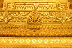 Modelo tailandés de oro imagen de archivo