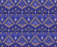 Modelo tribal inconsútil del vector Art Ethnic Print Ornament elegante con los triángulos, libre illustration