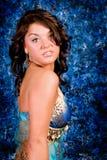 Modelo triguenho no azul Imagens de Stock Royalty Free