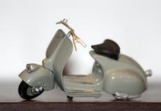 Modelo usado para la película romana del día de fiesta - Vespa 98 - 1946 del ` del Vespa del ` Fotografía de archivo