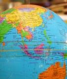 Modelo usado velho de The Globe da terra foto de stock royalty free