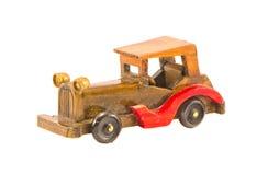 Modelo velho de madeira do carro isolado Fotos de Stock Royalty Free