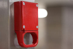 Modelo vermelho vazio do freio de emergência na estação de metro Fotografia de Stock