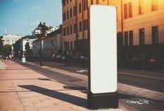 Modelo vertical estreito da placa da informação pública Fotos de Stock