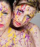 Modelos coloridos do cabelo da cor fotografia de stock