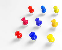 Modelos coloridos dos pushpins 3d Imagem de Stock Royalty Free