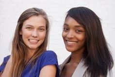 Modelos de forma Karlie Kloss e Jourdan Dunn Imagens de Stock