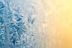 Modelos de la helada de la mañana en la ventana Imagen de archivo