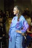 Modelos en el desfile de moda ucraniano Fotografía de archivo libre de regalías