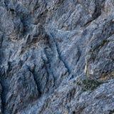 Modelos en rocas Imagenes de archivo