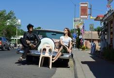 Modelos no vintage Route 66 automobilístico, Seligman, EUA fotografia de stock royalty free