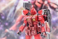 Modelos plásticos de la escala de Gundam en la tienda en Tailandia Fotografía de archivo